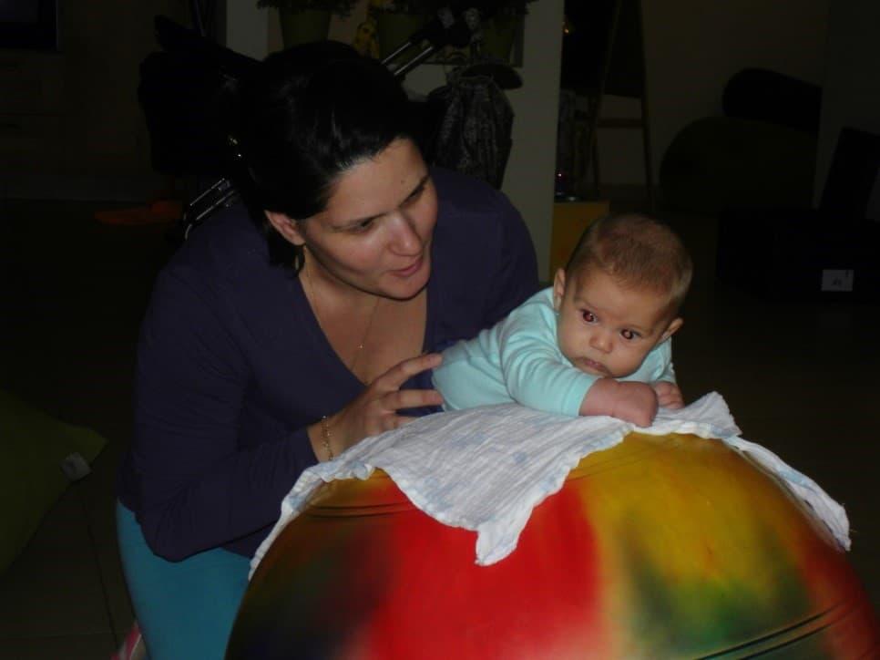 חיזוק שרירים לתינוק