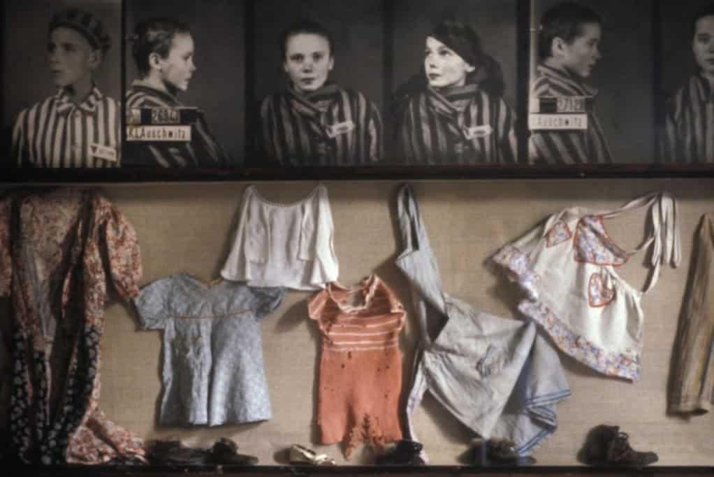 ייעוץ הנקה של המיילדת באושוויץ